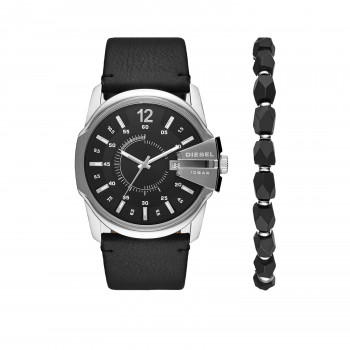 Diesel Master Chief Watch and Bracelet Gift Set
